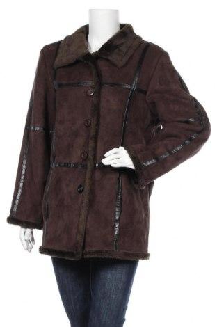 Дамско палто, Размер L, Цвят Кафяв, Полиестер, Цена 12,34лв.