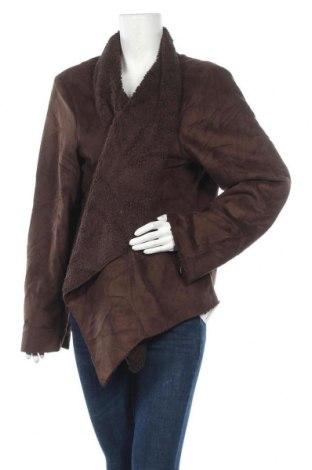 Дамско палто, Размер M, Цвят Кафяв, Полиестер, Цена 15,23лв.