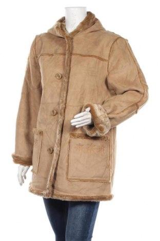 Дамско палто, Размер L, Цвят Бежов, 70% акрил, 30% полиестер, Цена 13,91лв.
