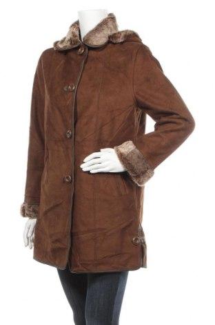 Дамско палто, Размер S, Цвят Кафяв, Полиестер, Цена 18,59лв.