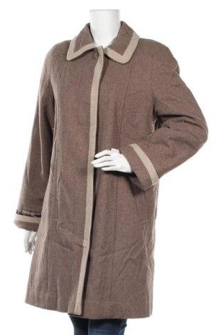 Дамско палто Gallery, Размер M, Цвят Бежов, 60% вълна, 20% вискоза, 20% полиестер, Цена 30,45лв.