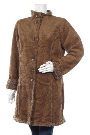 Дамско палто L.L. Bean, Размер M, Цвят Кафяв, 60% акрил, 40% полиестер, Цена 12,18лв.