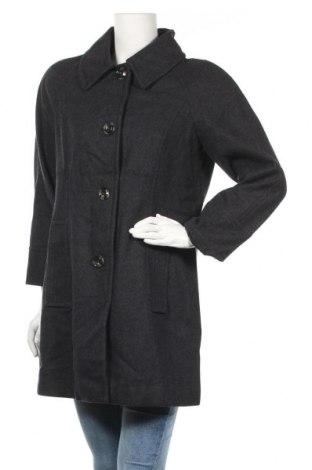 Дамско палто London Fog, Размер M, Цвят Сив, 60% вълна, 30% полиестер, 10% вискоза, Цена 58,80лв.