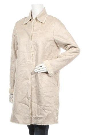 Дамско палто One Step, Размер M, Цвят Бежов, Полиестер, Цена 82,32лв.