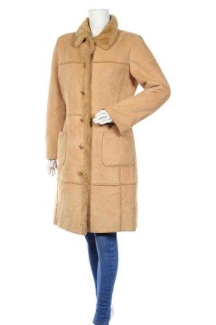 Дамско палто S.Oliver, Размер S, Цвят Кафяв, 51% полиакрил, 49% полиестер, Цена 29,30лв.