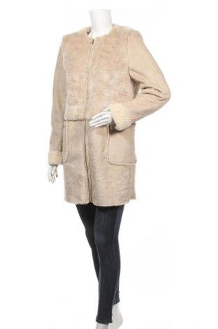 Дамско палто Stradivarius, Размер M, Цвят Бежов, Цена 48,83лв.