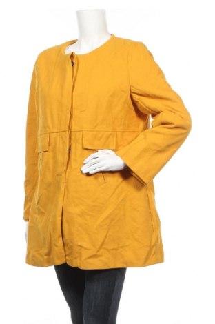 Дамско палто Witchery, Размер M, Цвят Жълт, Цена 58,80лв.