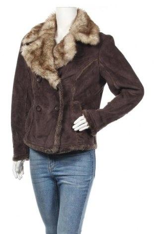 Дамско палто Yessica, Размер M, Цвят Кафяв, Цена 16,28лв.