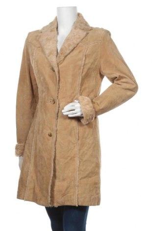 Дамско палто от естествен велур Giacca a Gallery Company, Размер M, Цвят Бежов, Естествен велур, Цена 35,26лв.