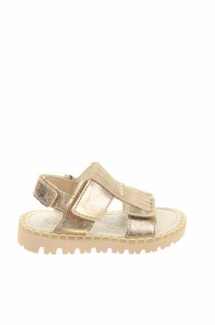 Детски сандали Primigi, Размер 21, Цвят Златист, Еко кожа, естествен велур, Цена 41,40лв.