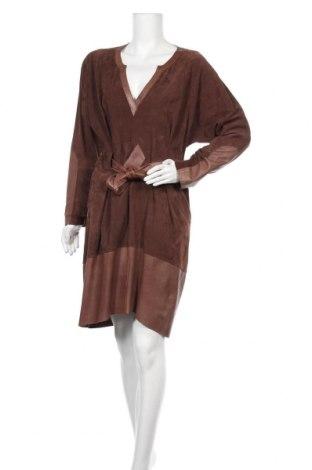 Δερμάτινο φόρεμα Escada Sport, Μέγεθος XS, Χρώμα Καφέ, Γνήσιο δέρμα, Τιμή 140,68€