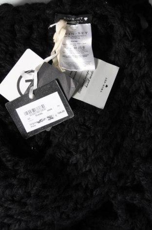 Пончо TWINSET, Размер M, Цвят Черен, 100% акрил, Цена 38,92лв.