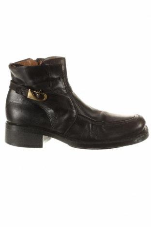 Мъжки обувки Cesare Paciotti