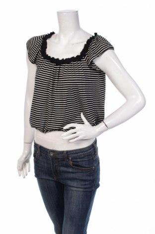 Дамска блуза Max Studio, Размер XS, Цвят Черен, 50% вискоза, 45% полиестер, 5% еластан, Цена 7,00лв.