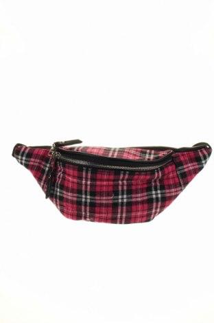Чанта за кръст Boohoo