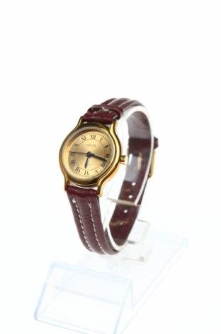 Часовник Yema, Цвят Кафяв, Естествена кожа, метал, Цена 49,35лв.