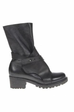 Γυναικείες μπότες Mihaela Glavan