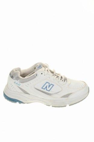 Obuwie damskie New Balance, Rozmiar 38, Kolor Biały, Skóra naturalna, Cena 117,82zł