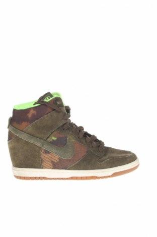 Obuwie damskie Nike, Rozmiar 40, Kolor Zielony, Naturalny zamsz, materiał tekstylny, Cena 88,36zł