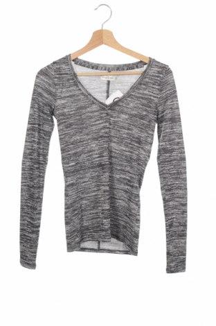 Γυναικεία μπλούζα Abercrombie & Fitch, Μέγεθος XS, Χρώμα Γκρί, Τιμή 24,68€