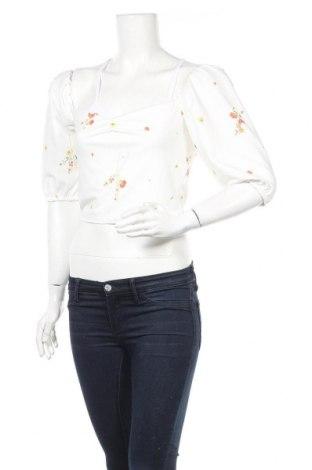 Дамска блуза Missguided, Размер M, Цвят Бял, 95% полиестер, 5% еластан, Цена 28,50лв.