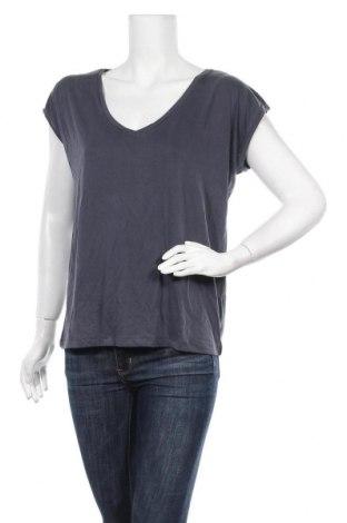 Γυναικεία μπλούζα Pieces, Μέγεθος L, Χρώμα Μπλέ, 76% μοντάλ, 24% πολυεστέρας, Τιμή 4,64€