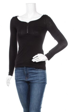 Дамска блуза Tally Weijl, Размер XS, Цвят Черен, 96% вискоза, 4% еластан, Цена 19,95лв.