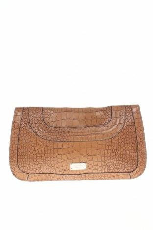 Дамска чанта Nine West, Цвят Кафяв, Еко кожа, Цена 131,36лв.