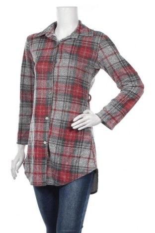Дамска риза, Размер S, Цвят Сив, 95% акрил, 5% еластан, Цена 18,95лв.