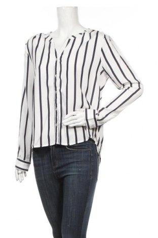 Дамска риза ONLY, Размер M, Цвят Бял, 70% вискоза, 30% лиосел, Цена 18,48лв.