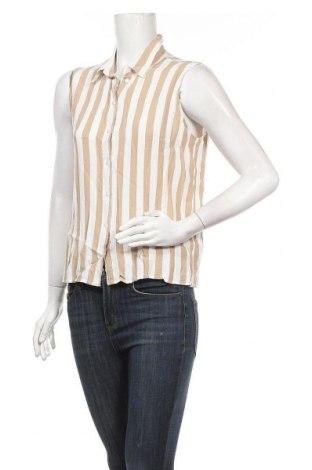 Дамска риза Vila, Размер M, Цвят Бежов, Вискоза, Цена 35,88лв.