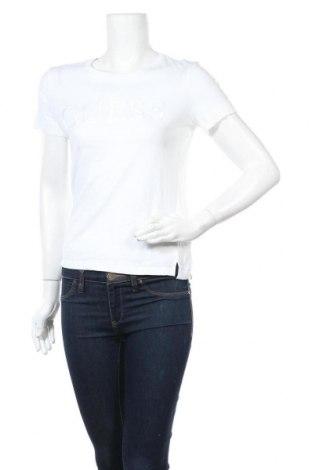 Дамска тениска Guess, Размер S, Цвят Бял, 60% памук, 40% модал, Цена 53,82лв.