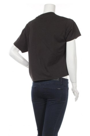 Дамска тениска Levi's, Размер S, Цвят Черен, Памук, Цена 47,20лв.
