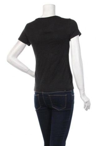 Дамска тениска Levi's, Размер M, Цвят Черен, 96% памук, 4% еластан, Цена 44,25лв.