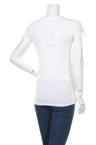 Дамска тениска Tommy Hilfiger, Размер M, Цвят Бял, 60% памук, 40% полиестер, Цена 63,20лв.