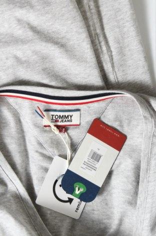 Дамска тениска Tommy Hilfiger, Размер XL, Цвят Сив, 95% памук, 5% еластан, Цена 59,28лв.