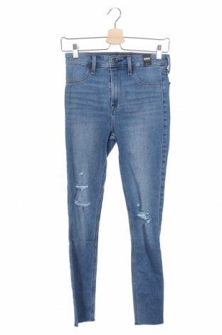 Дамски дънки Abercrombie & Fitch, Размер XS, Цвят Син, 78% памук, 21% полиестер, 1% еластан, Цена 126,75лв.