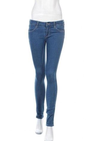 Дамски дънки H&M, Размер M, Цвят Син, 67% памук, 23% полиестер, 9% вискоза, 1% еластан, Цена 7,35лв.