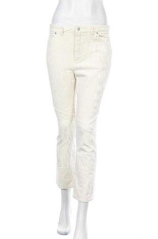 Дамски джинси MO:VINT, Размер M, Цвят Бял, 95% памук, 5% еластан, Цена 8,45лв.