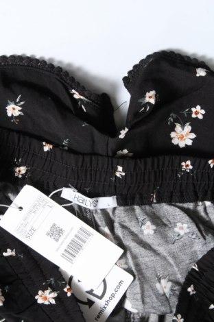 Γυναικείο κοντό παντελόνι Hailys, Μέγεθος M, Χρώμα Μαύρο, Βισκόζη, Τιμή 11,13€
