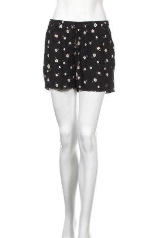 Дамски къс панталон Hailys, Размер M, Цвят Черен, Вискоза, Цена 13,80лв.