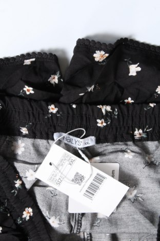 Γυναικείο κοντό παντελόνι Hailys, Μέγεθος XL, Χρώμα Μαύρο, Βισκόζη, Τιμή 11,13€