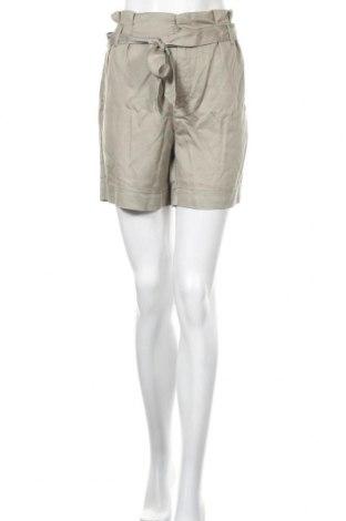 Γυναικείο κοντό παντελόνι ONLY, Μέγεθος M, Χρώμα Πράσινο, Lyocell, Τιμή 13,40€
