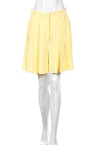 Γυναικείο κοντό παντελόνι Vila, Μέγεθος L, Χρώμα Κίτρινο, Βισκόζη, Τιμή 11,37€