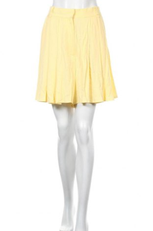 Γυναικείο κοντό παντελόνι Vila, Μέγεθος M, Χρώμα Κίτρινο, Βισκόζη, Τιμή 11,37€