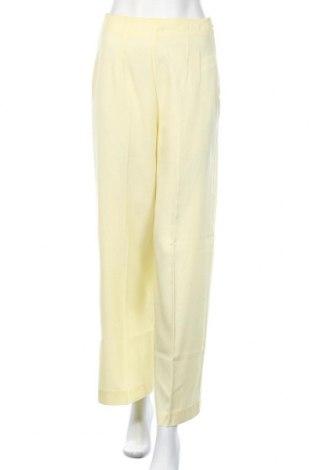 Γυναικείο παντελόνι Edited, Μέγεθος XS, Χρώμα Κίτρινο, Lyocell, Τιμή 11,55€