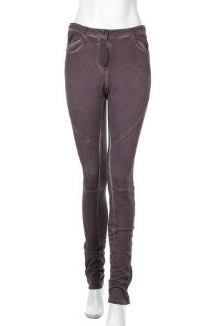 Дамски панталон Liebeskind, Размер S, Цвят Лилав, 97% памук, 3% еластан, Цена 22,97лв.