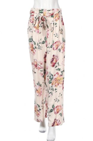 Дамски панталон ONLY, Размер S, Цвят Бежов, Вискоза, Цена 27,60лв.