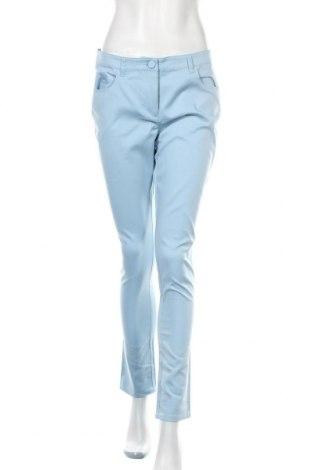 Дамски панталон Stefanel, Размер M, Цвят Син, 56% памук, 39% модал, 5% еластан, Цена 37,50лв.