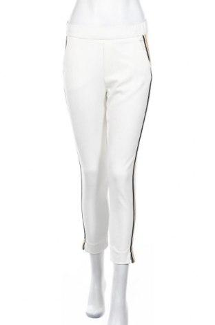 Дамски панталон Zara Trafaluc, Размер XS, Цвят Бял, 62% полиестер, 33% вискоза, 5% еластан, Цена 27,00лв.